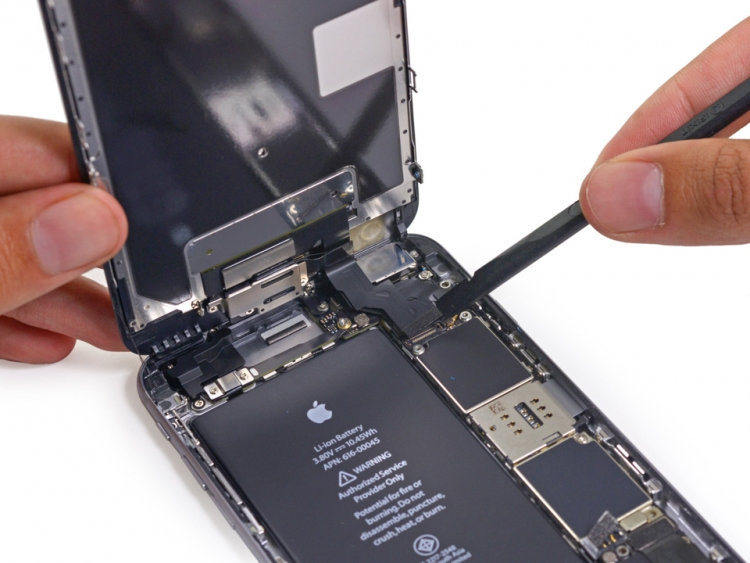 20-MINUTE iPhone Repair 6-MONTH WARRANTY